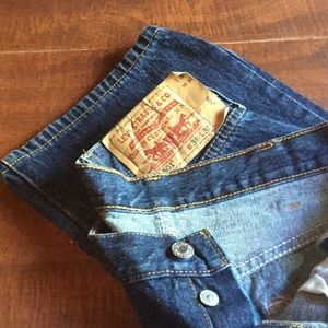 LEVIS 501 BUTTON UP JEANS size 38/30